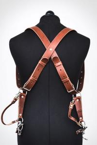 harnais en cuir pour photographe couleur châtaigne avec lanières longues et sécurités